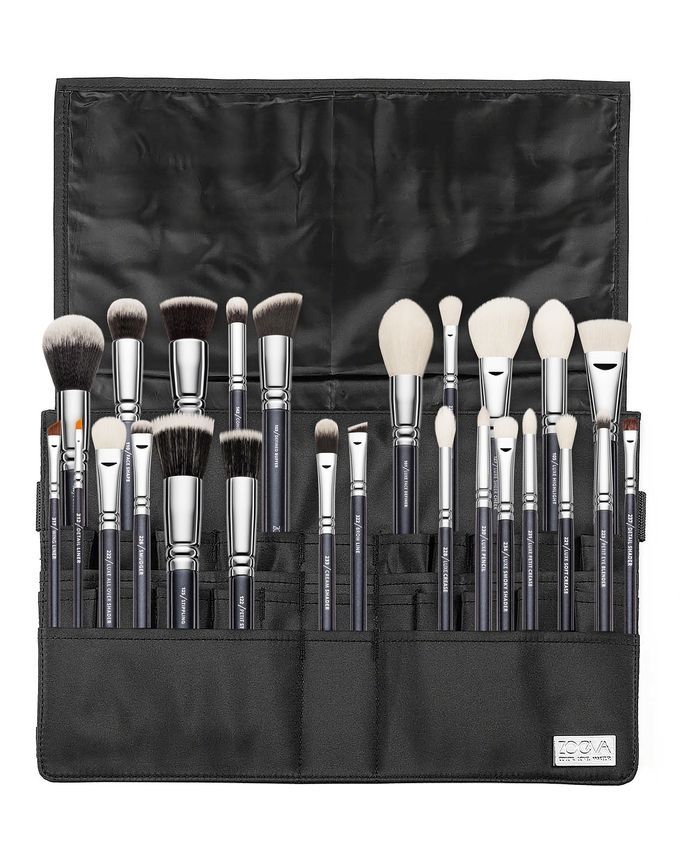 ZOEVA MAKE UP ARTIST BRUSH BELT PROFESSIONAL BRUSH SET PAS I ZESTAW 25 PĘDZLI DO TWARZY I OCZU