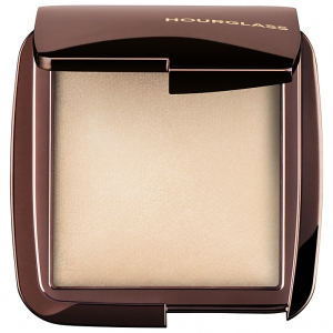 HOURGLASS AMBIENT LIGHT POWDER PUDER