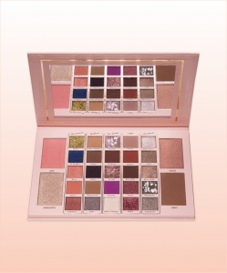 BPERFECT MRS GLAM SHOWSTOPPER BY MICHELLE SHOWSTOPPER PALETTE PALETA CIENI DO POWIEK