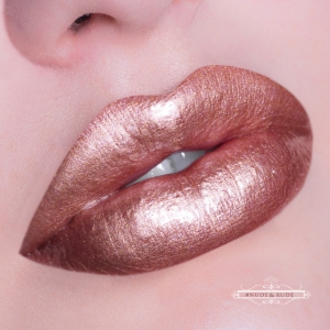 HOUSE OF BEAUTY LIP HYBRID TUBE NUDE & RUDE